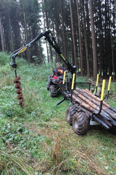 Die Erdbohrer für die Forstwirtschaft